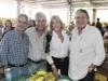 Os pecuaristas, Beto e Carlos Maia, com Regina Eleuses e Iberê Lins